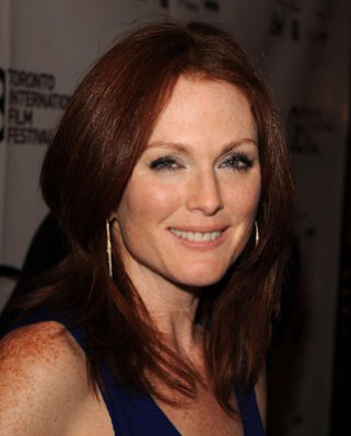 Julianne Moore Hair image